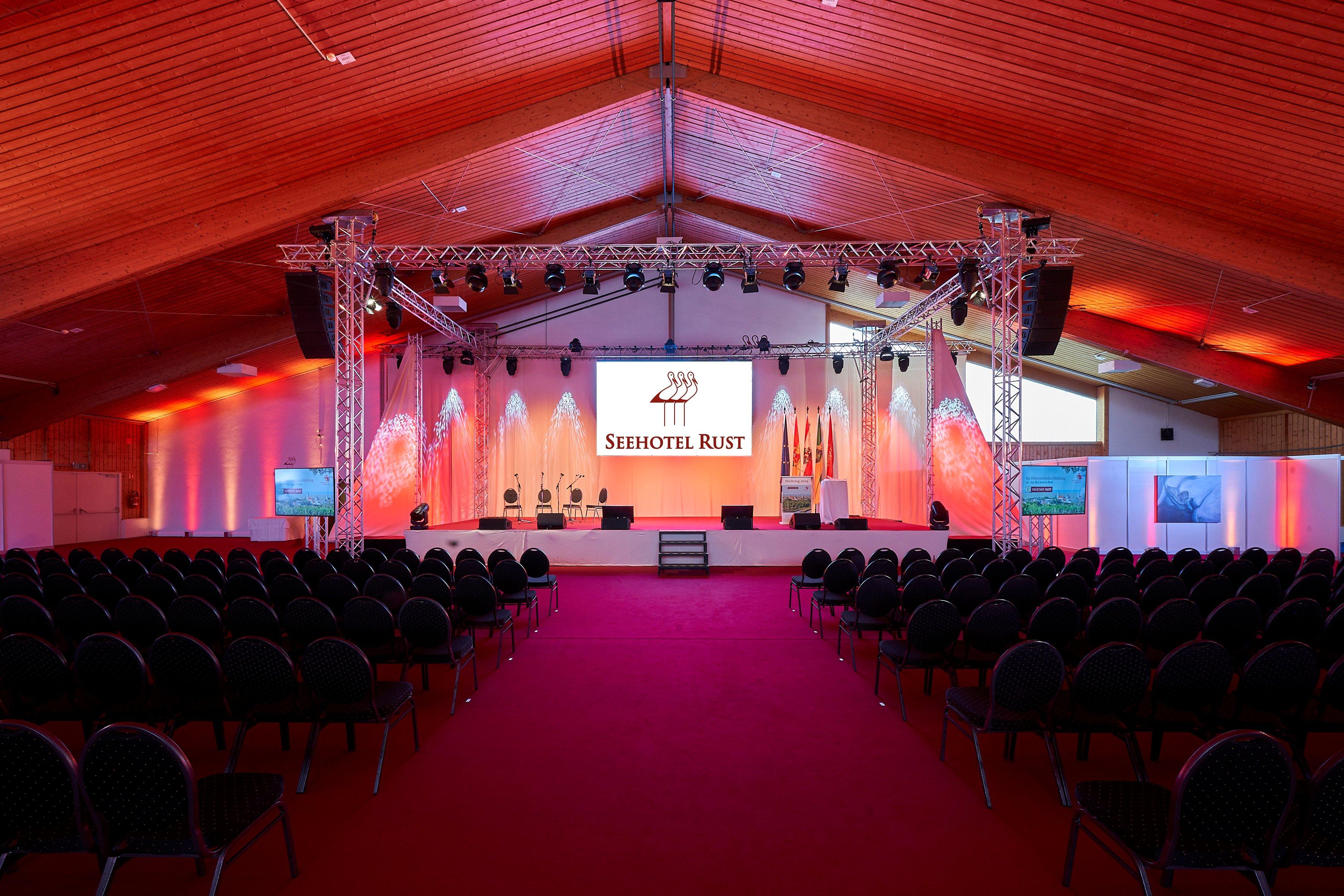 Die Mehrzweckhalle für bis zu 900 Personen im Seehotel Rust
